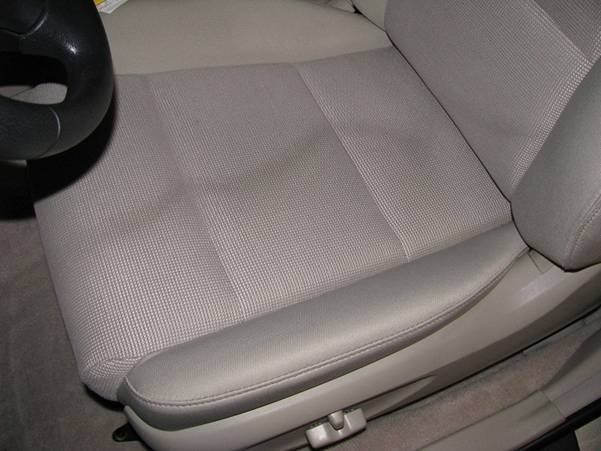 all tips to clean a stain on a car seat mr vehicle. Black Bedroom Furniture Sets. Home Design Ideas