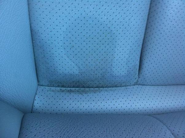All-Tips-To-Clean-A-Stain-On-A-Car-Seat-4