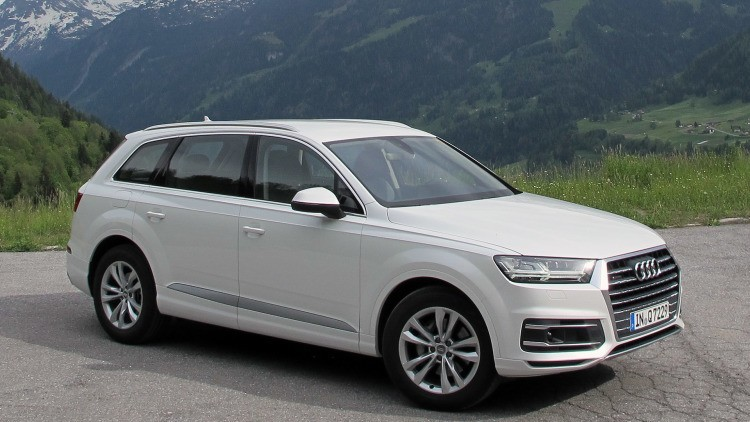 Tips-and-Tricks-to-Drive-Audi-Q7